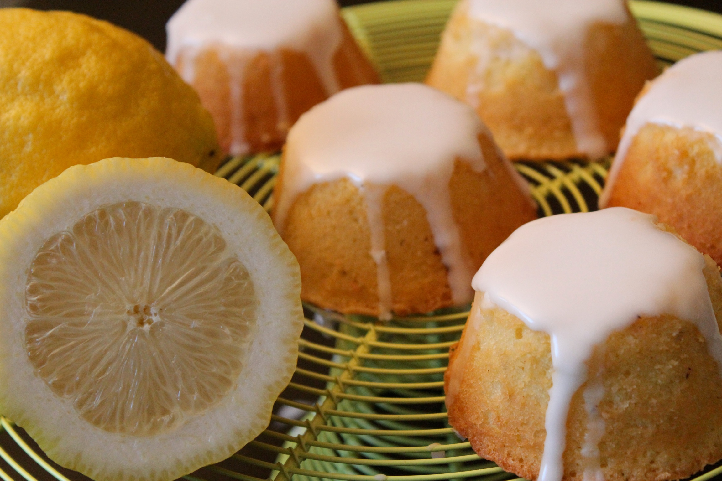 Mini Lemon Cakes Sweet Cherrie Pie